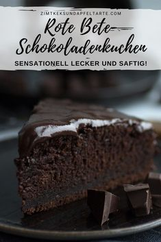 Sensationell saftiger Schokoladenkuchen mit Rote Bete Sensationally juicy and chocolatey cake with beetroot . you don't taste it at all, but it makes this cake taste delicious and juicy. Muffin Recipes, Quick Recipes, Cake Recipes, Dessert Recipes, Vegan Recipes, Breakfast Desayunos, Breakfast Recipes, Canned Blueberries, Vegan Scones