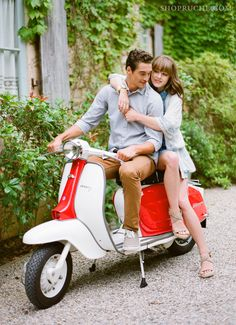 I always wanted a Vespa...if I ever move back to Europe, I'm getting one!    #SummerWithRuche #Summer