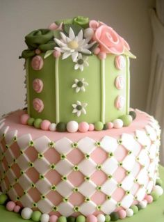 Beautiful pink and green cake Gorgeous Cakes, Pretty Cakes, Cute Cakes, Amazing Cakes, Take The Cake, Love Cake, Unique Cakes, Creative Cakes, Green Cake
