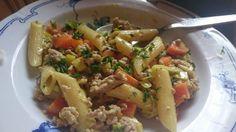 Curryrahm - Nudeln mit Hackfleisch, ein tolles Rezept aus der Kategorie Gemüse. Bewertungen: 98. Durchschnitt: Ø 4,3.