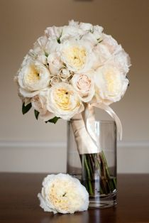 Style Me Pretty | Gallery ... David Austen Roses. If you have never smelled their fragrance, seek them out via your florist. G.S.