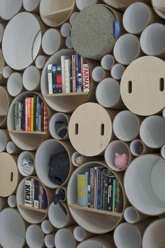 Event & Messe Design Ideen: modulares Regal und Wandgestaltung aus Kartonröhren | eveosblog: Blog für Event, Eventmarketing, Social Media & Marketing