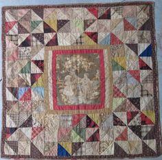 Center Medallion old Doll Quilt Crib Quilts, Old Quilts, Small Quilts, Mini Quilts, Baby Quilts, Antique Crib, Antique Quilts, Vintage Quilts, Antique Dolls