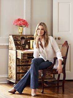Aerin Lauder, style director of Estée Lauder, shares her favorite places in the Big Apple. Personal Branding, Aerin Lauder, Estee Lauder, Places In New York, Vogue, Winter Mode, Classic Chic, Love Her Style, Elegant Outfit