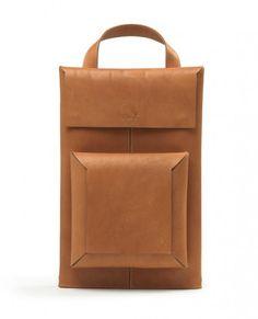 Macbook Sleeve Backpack/Briefcase/Shoulder Bag combo in Leather by Raffaello Galiotto Puppy Backpack, Backpack Bags, Duffle Bags, Messenger Bags, My Bags, Purses And Bags, Animal Bag, Macbook Sleeve, Macbook Pro