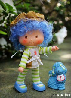 Crepe Suzette and Eclair (★dms_a_jem★) Tags: dolls strawberryshortcake Strawberry Shortcake Characters, Vintage Strawberry Shortcake Dolls, 1980s Toys, Retro Toys, My Childhood Memories, Childhood Toys, Bratz, Eclair, Rainbow Brite
