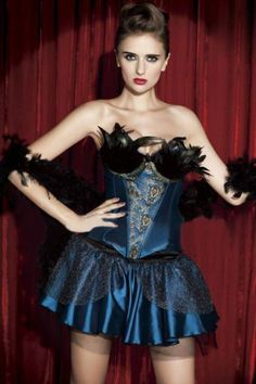 Love Burlesque Outfit
