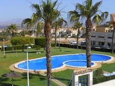 481 - 2 bed holiday apartment with Air Con, free WiFi, roof terrace and 3 communal pools in Gran Alacant, Alicante