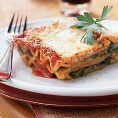Really yummy, meatless lasagna.  I usually use a little more cheese (2 cups because that's what comes in the bag).  To get the creamy texture, make sure you let the milk and flour mixture come to a gentle boil.  I will also let it simmer for a few minutes.