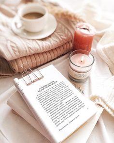 """931 curtidas, 27 comentários - ELENA.FLATLAY.COFFEE (@pundaelena) no Instagram: """"Сегодня дома у меня царит самая настоящая атмосфера хюгге☺️ Я пеку булочки, за окном идёт снежок,…"""""""