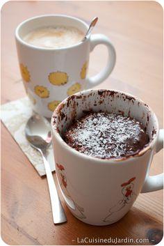 10 recettes de g teaux dans une tasse cuisine pinterest g teaux mug cakes et micro ondes - Gateau dans une tasse ...