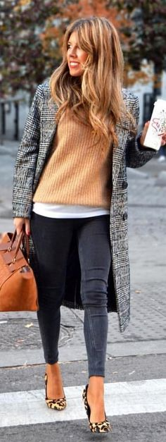 #winter #outfits grey coat with black fitted jeans outfit. Pic by @london_style_blog.