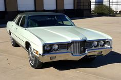 Ford Ltd, Green Bodies, Ford Classic Cars, Gasoline Engine, Engine Types, Ford Models, Hot Cars, Car Show, Colorful Interiors