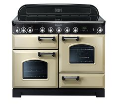 ... and to look retro, but be on the techno-edge -- Rangemaster Classic Deluxe Range w/ Induction Cooktop