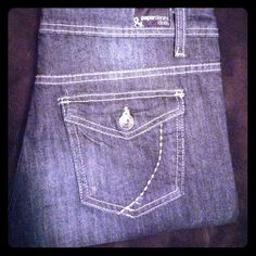 Paper Denim & Cloth crops size 10 Gorgeous crops. Worn a hand full of times. 26 inseam. Euc paper denim and cloth Jeans Ankle & Cropped