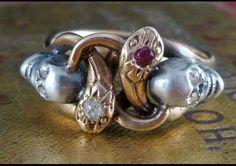 MEMENTO MORI DIAMOND SKULL & SNAKE RING