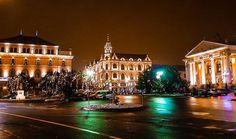 O seară minunată vă dorim!  Fotograf: Radu Alex Mansions, House Styles, Travel, Home Decor, Mansion Houses, Voyage, Homemade Home Decor, Manor Houses, Fancy Houses