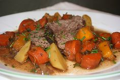 An old favorite pot roast, potatoes and carrots : )