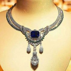 Stunning gemstones and diamonds necklace - maker unknown