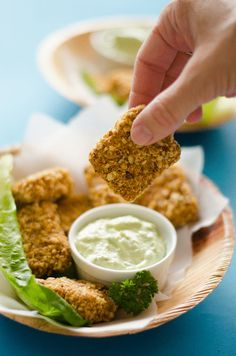 almond-crusted-baked-tofu-nuggets