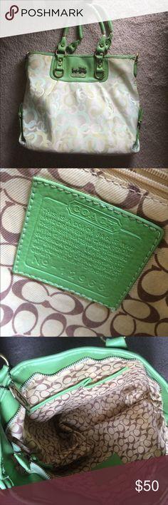 COACH purse Coach purse 👒 Coach Bags Shoulder Bags