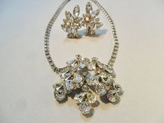 STUNNING Vintage Pendant Necklace / Earrings SET Signed WEISS Clear Glass Rhinestones Silver Tone Metal Mid Century Retro Art Deco 1950s