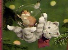 Amazon.com: Hallmark 2001 CAT Ornament MISCHIEVOUS KITTENS #3 in Series - KITTY & HAMSTER: Home & Kitchen