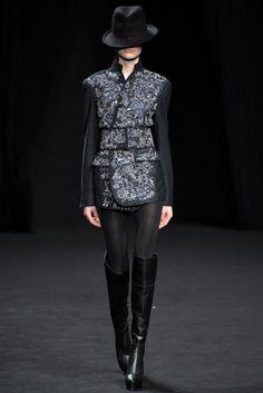 A.F. Vandevorst Fall 2012 Ready-to-Wear Fashion Show