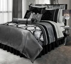 Black And Silver Glitterwallpaper Used Here In A Bedroom Project