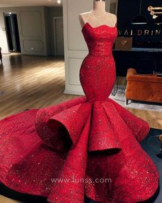 Find your dream prom dress or gowns at Babyonlinewholesale. Shop our prom assortment of short or long, affordable and plus size prom dresses. Elegant Dresses, Pretty Dresses, Glamorous Dresses, Bohemian Dresses, Formal Dresses For Women, Formal Gowns, Evening Dresses, Prom Dresses, Sexy Dresses