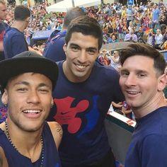 Messi, Neymar and Suarez - FC Barcelona                                                                                                                                                      Mais