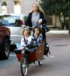 Anouk Women In Music, World Famous, Female Singers, Famous People, Baby Strollers, Celebs, Children, Dutch, Pictures