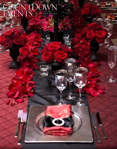 Crème de la Crème Signature Wedding Table Designs |
