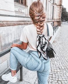 Vintage Scraf Braided Scrunchies – Hannah's Daily – – Tedric Murph – Hair Clips Ways To Wear A Scarf, How To Wear Scarves, Fashion Killa, Girl Fashion, Fashion Outfits, Style Fashion, Fashion Shoes, Scrunchies, Gossip Girl Serie