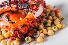 The Azores: top 10 things to do in Ponta Delgada Greek Recipes, Fish Recipes, Ponta Delgada, Grilled Octopus, Valeur Nutritive, Portuguese Recipes, Portuguese Food, Nutrition, Tasty Dishes