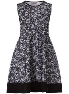 cb24941d373 Black white print skater dress Pretty Clothes