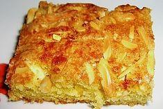 Weicher Blitzkuchen Ø 4,3. - einfacher Rührteig mit Mandel-Butter-Zucker-Kruste - http://www.chefkoch.de/rezepte/653881166894535/Weicher-Blitzkuchen.html