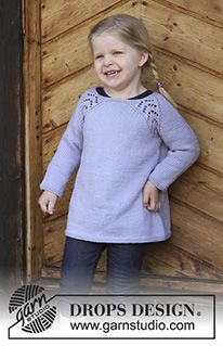 Tickles - Tunic with raglan and lace pattern, worked top down for kids. Size 2 - 12 years Piece is knitted in DROPS Karisma. - Free pattern by DROPS Design Baby Knitting Patterns, Knitting For Kids, Free Knitting, Knitting Needles, Crochet Patterns, Drops Design, Baby Sweaters, Girls Sweaters, Knitting Sweaters