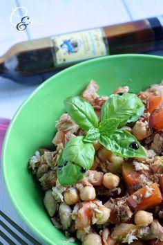 Cucinando e assaggiando...: Insalata di sgombro pomodori e ceci al balsamico