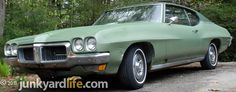 Junkyard Life: Classic Cars, Muscle Cars, Barn finds, Hot rods and part news: Cars in Yards: 1970 Pontiac LeMans coupe