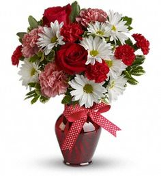 Hugs and Kisses Bouquet with Red Roses http://www.ivasflowers.com/arlington-flowers/Hugs-and-Kisses-Bouquet-with-Red-Roses-388137p.asp?rcid=129698&point=1