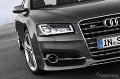 the new Audi S8 so cool... //【フランクフルトモーターショー13】アウディ S8 にも改良新型、0-100km/h加速は4.2秒