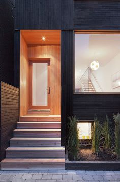 Architects Make Over Downtown Toronto, One Modern House At A Time - Explore, Collect and Source architecture Narrow House Designs, Small House Design, Modern House Design, Exterior Cladding, Exterior Doors, Black Exterior, Green Architecture, Residential Architecture, Toronto Houses