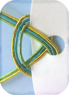tie for circle tags