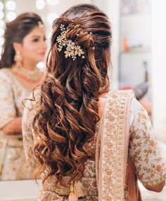 wedding hairstyles open Hairstyle For You In This 2020 :- AwesomeLifestyleFashion Open Hairstyles, Party Hairstyles, Indian Hairstyles, Latest Hairstyles, Bride Hairstyles, Hairstyles Haircuts, Flower Hairstyles, Night Hairstyles, Bridal Hairstyle Indian Wedding