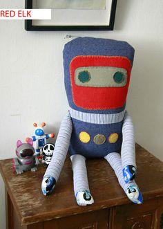 Robot www.redelkshop.etsy.com