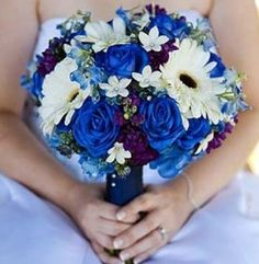 blue wedding bouquet flowers, blue wedding bouquet, blue bridal bouquet, add pic source on comment and we will update it. www.myfloweraffair.com