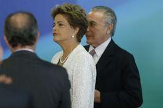 A presidente Dilma Rousseff, acompanhada do vice-presidente Michel Temer (foto: DIDA SAMPAIO/ESTADÃO CONTEÚDO)