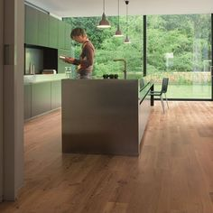 Get the stylish wide plank Quickstep Eligna Vintage Oak Natural Varnished Planks at FDF, sold with a money back guarantee. Rubber Flooring, Diy Flooring, Plank Flooring, Kitchen Flooring, Flooring Ideas, Wood Laminate, Laminate Flooring, Engineered Hardwood Flooring, Hardwood Floors