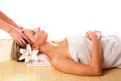 Massage facial / Facial massage    https://www.facebook.com/Neobienetre?ref=hl